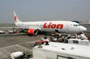 Lion Air pilot sacked after condemning hotel staff member for ironed uniform