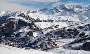 30,000 tourists who are British nationals were asked to leave ski resorts inFrance