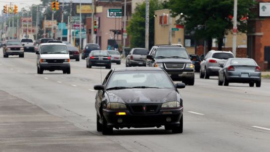 Detroit Drivers Spend Up to 36 Percent of Their Income on Car Insurance