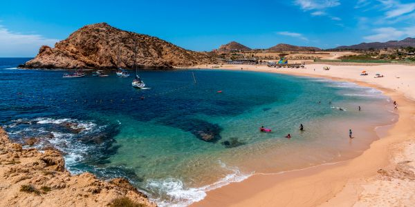 Sea Life, Sightseeing and Snorkeling: Explore Los Cabos by Yacht