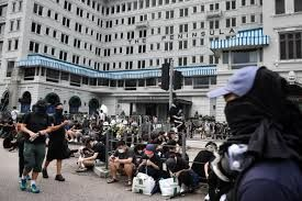 Hong Kong tourism and businesses suffer due to recent protests