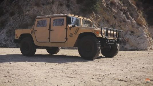 An Ex-Military Humvee Is A Gulf War-Era Icon