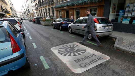 Madrid's Car Ban Flip-Flop Shows Just How Much People In Big Cities Love Banning Cars