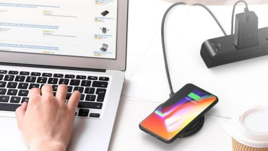 This Is One of the Cheapest Qi Pads We've Seen With iPhone Fast Charging