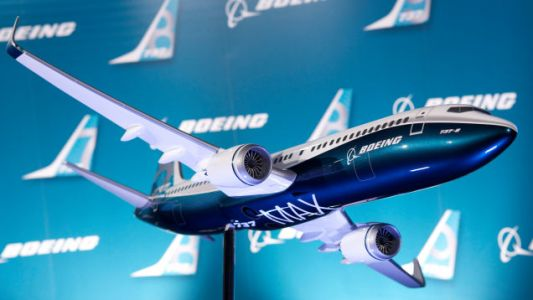 After Lion Air Crash, Boeing Reportedly Will Warn That the 737 Max Can 'Abruptly Dive' by Mistake