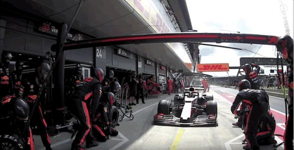 Behold: The Fastest Formula One Pit Stop Ever