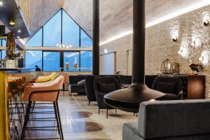 Boutique hotel Kāmana Lakehouse opens in Queenstown