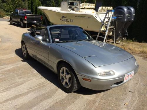 """At $7,500, Does This 1995 Mazda MX5 Have You Saying """"I Could've Had a V8""""?"""