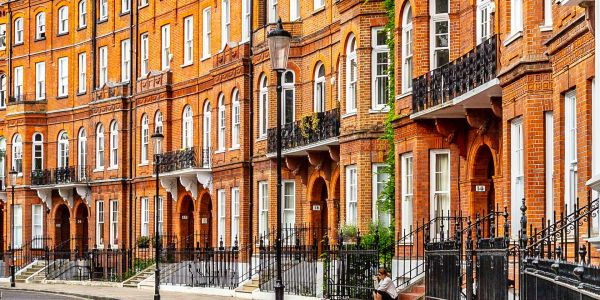 Shopping, Palaces and Pubs: A Londoner's Guide to Knightsbridge and Kensington