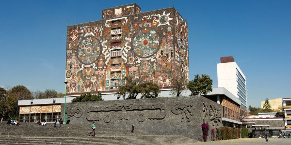 The Ghosts of Mexico City: Following In the Footsteps of Artists and Revolutionaries