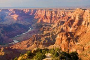 Grand Canyon Park closes doors to visitors