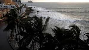 Hurricane Willa makes landfall at Mexico's Pacific coast, locals and tourists evacuated