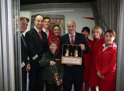 Every Year Again: Austrian Airlines Brings ORF Light of Peace to Austria