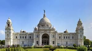 To revitalize its tourism, WB government is ready for a social blitz