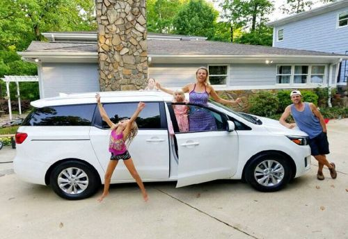 How to Plan a Road Trip with Kids