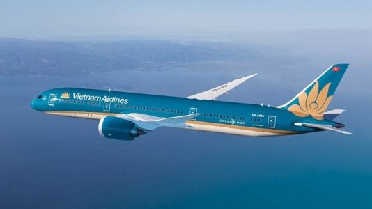 Vietnam Airlines adjusts flight schedules to/from Bussan, Da Lat