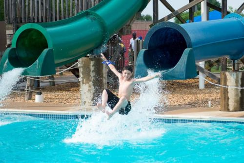 Waterparks, Splash Pads, Outdoor Pools & Water Adventures in Prince William