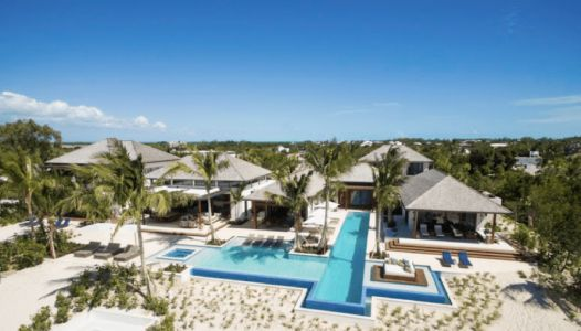 10 Reasons Why Turks & Caicos Is The Absolute Luxurious Retreat for Honeymoon Couples