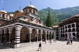 86% of tourism trips by Bulgarians in 2017 were within their own country