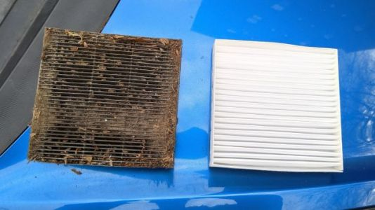 I Finally Changed The Cabin Air Filter In My Car And It Was Just The Filthiest Goddamn Thing