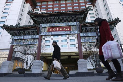 Major hotels in China inspected after room cleaning expose