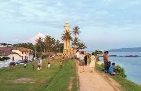 Sri Lanka aims Indian tourists for reviving its tourism industry