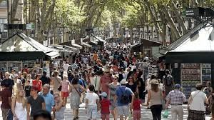 Barcelona's residential population drops 11% since 2015 due to rising tourist number