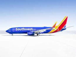 Passenger bleeds from ears, Southwest flight turns back