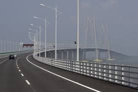 The Hong Kong-Zhuhai-Macau Bridge disparaged for allowing tourists leave quickly