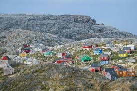 With tourism boost, Greenland faces infrastructure problems