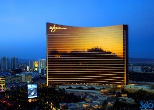 Few Las Vegas resorts are reducing fees to increase visitations