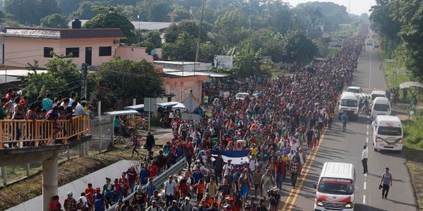 The Central American caravan has swelled to an estimated 7,000 migrants. Despite Trump's threats, it's heading north toward the US border