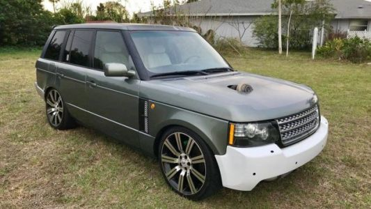 Please Gather 'Round, We Need To Praise This Frankenstein Six-Speed Range Rover