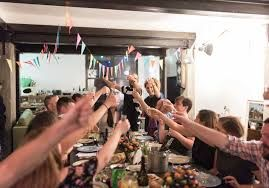 The Tel Aviv-Jaffa Municipality partnered with EatWith to offer tourists Shabbat meal