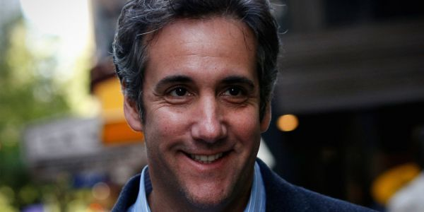 Michael Cohen's lawyer says his client has information about Trump 'that should be of interest' to Mueller