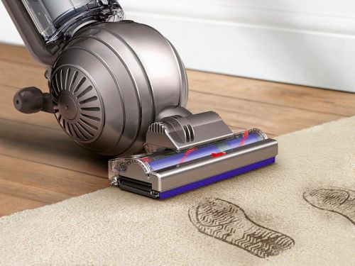 Save $100 on a Dyson vacuum cleaner at Best Buy - and more of today's best deals from around the web