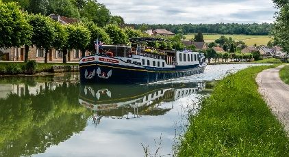 Private Vacation Home Rentals Spark European Waterways Barge Charters