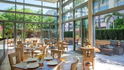 Quattro Reopens to Treat Mothers to a Well-Deserved Culinary Getaway at Four Seasons Hotel Silicon Valley