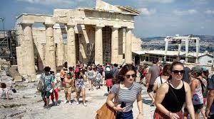 First signs concerning Greece's foreign visitor numbers this year doesn't look positive