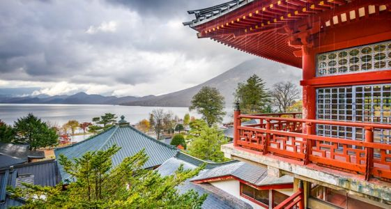 7 Japanese Spots to See Outside Tokyo
