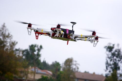 Drones, airports and traveler safety