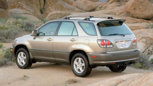 Where on Earth Did All the Lexus RX300s Vanish To?