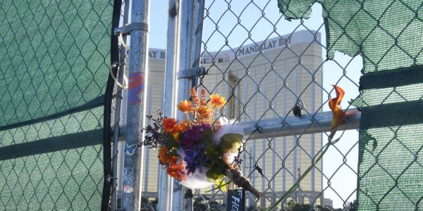 Thousands of Las Vegas shooting victims will have to split an $800 million settlement. Now, 2 retired judges have to decide which victims deserve the most
