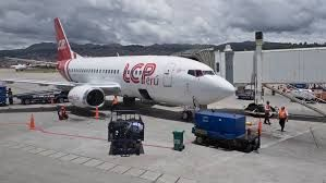 LC Peru flight 1323 makes emergency landing with no front wheels