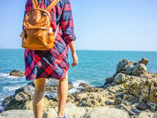 How to travel the world while working, according to 6 people who do it