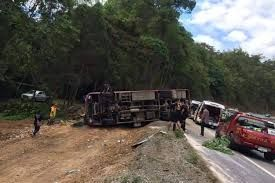 Bus carrying Chinese tourists overturns in Chiang Mai, Thailand