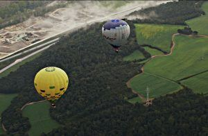 Honeymooners Enjoy Volcanoes, Helicopters and Hot Air Balloons