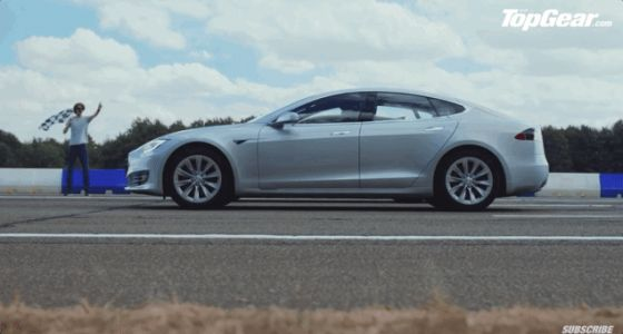 This Kia Stinger Drag Racing a Tesla Model S 75D Is a Great Lesson in Torque