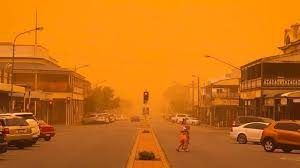 Aussie dust storm creates poor visibility, health warning issued