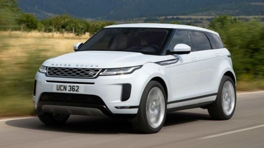 The 2020 Range Rover Evoque Lets You See Through the Hood